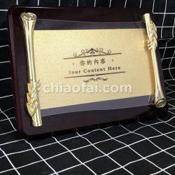 鋼琴漆木板+金屬配件+亞克力+金箔